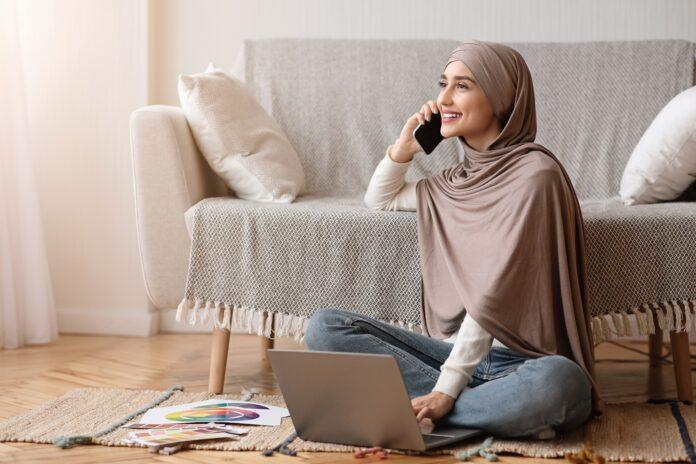 Kreator Fashion Cewek Hijab Penuh inspirasi di Instagram Reels